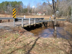 Floodwaters enter the Mechums at Browns Gap Turnpike